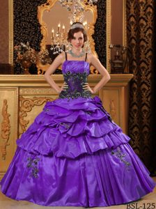 Spaghetti Straps Ruched Purple Sweet 16 Dresses with Pick-ups and Appliques
