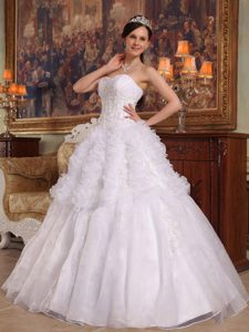 White Sweetheart Organza Appliques 2013 Quinceanera Dress with Ruffles