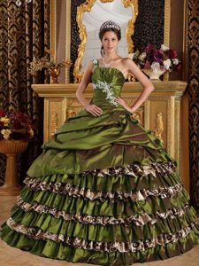 Olive Green One Shoulder and Leopard Appliques Quince Dresses