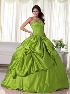 Sweetheart and Embroidery Quinceanera Dresses in Olive Green with Corset