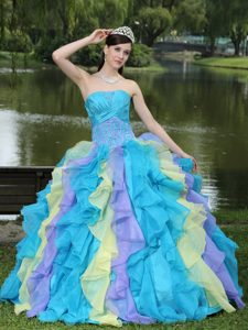 Sweet Appliques Ruffles Layered Colorful Quince Dress Wear for Graduation