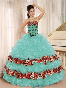 Leopard for 2013 Apple Green Ruffles Appliques Sweetheart Quince Dress