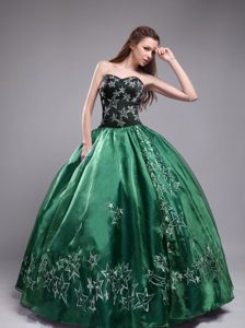 Sweetheart Organza Embroidery Quinceanera Dresses in Green and Black