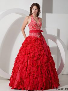 Fashionable Red Halter Long Chiffon Sweet 15 Dresses with Embroidery