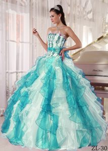 Multi-color Exquisite Lace-up Long Sweet Sixteen Dresses with Beading