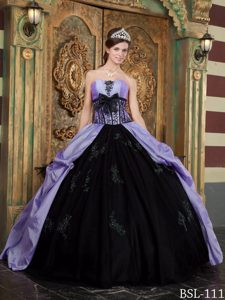 Classical Lace-up Tulle Sweet Sixteen Dress in Purple and Black with Bowknot