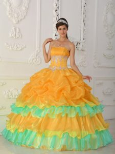 Popular Strapless Organza Beaded and Ruffled Quinceaneras Dress for Winter