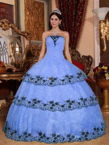 Sweet Lace-up Organza Sweet Sixteen Quinceanera Dresses in Lilac and Black