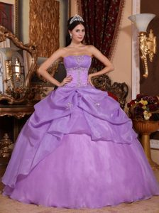 Exquisite Ruched and Beaded Lace-up Organza Quince Dresses in Lavender