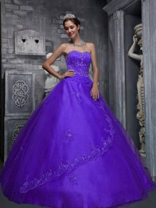 Purple Sweetheart Beading Appliqued Quinceaneras Dresses in and Tulle