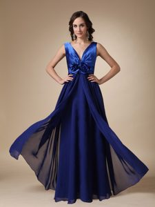 Royal Blue V-neck Long and Chiffon Prom Dresses with Flowers
