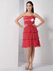 Sweetheart Knee-length Coral Red Layered Chiffon Prom Dress with White Flower