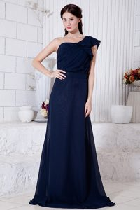 Empire One Shoulder Ruched Senior Prom Dress in Navy Blue on Promotion
