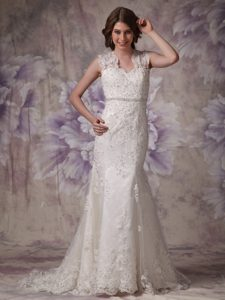 Mermaid Court Train Luxurious Lace Dress for Wedding with Straps in Ivory