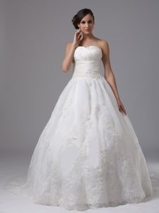 Popular Ruched Sweetheart Ball Gown Garden Wedding Dress on Wholesale Price