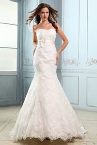 Luxurious Mermaid Strapless Court Train Satin Lace Wedding Dress for Cheap