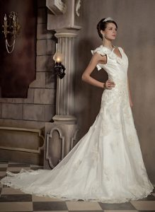 Beautiful V-neck Wedding Dress with Appliques and Hand Made Flower on Sale