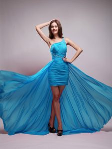 Asymmetrical One Shoulder Brush Train Prom Dresses for Graduation in Aqua Blue