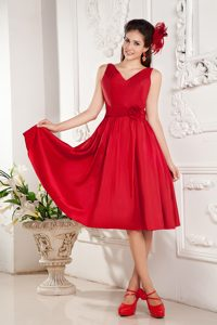 Red A-line V-neck Knee-length Graduation Dress in with Hand Flowers
