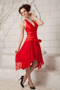 Beautiful Red Empire Halter Tea-length Graduation Dress with Ruching