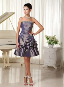 Exquisite Purple Strapless Beaded Short Homecoming Dresses for High School