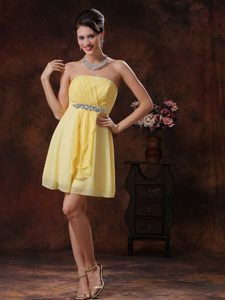 Strapless Beads and Ruches Decorated Homecoming Cocktail Dresses in Light Yellow