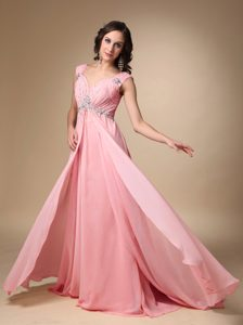 Pink Empire Straps Court Train Chiffon Evening Homecoming Dresses with V-neck