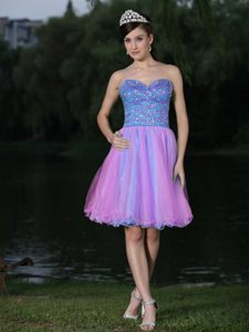 Sweetheart Knee-length Homecoming Cocktail Dresses with Beads Decorated Bodice
