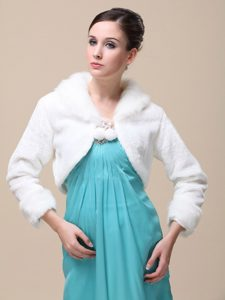 Romantic Fox Fringed Fur Special Jacket In Ivory With High-neck
