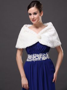 Beautiful Faux Fur Wedding V-Neck Party / Prom / Cocktail Wraps White