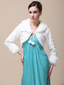 Faux Fur Special Occasion / Wedding Jacket With Long Sleeves and Fold-over Collar