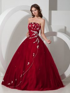Dramatic Wine Red Strapless Appliqued Dresses for Quinceanera and Tulle