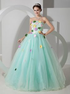 Stunning Apple Green A-line Strapless Quinceanera Dresses with Colorful Flowers