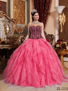 Coral Red Ball Gown Sweetheart Organza Quinceanera Dresses with Ruffles