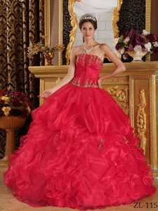 Latest Red Strapless Quinceanera Formal Dresses with Appliques in Organza