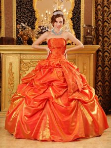 Most Popular Ball Gown Strapless Orange Red Dresses for Quince in