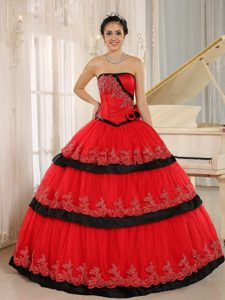Strapless Red Layered Organza Quinceanera Dress with Appliques and Flowers