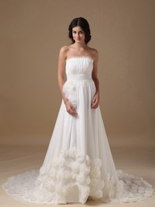 Exquisite Ruched Zipper-up Chiffon Wedding Dress