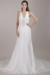 Sweet White A-line V-neck Appliqued Chiffon Wedding Bridal Gown for Fall