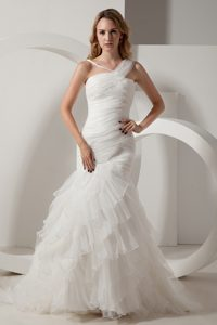 Charming Mermaid V-neck Court Train Ruched Organza Dress for Wedding