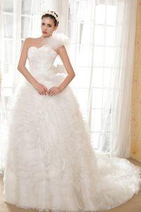 Classical One Shoulder A-line and Tulle Bridal Gown with Chapel Train