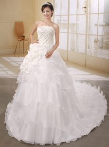 2012 Elegant Strapless Beaded Zipper-up Organza Bridal Gown fro Summer