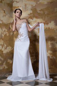 Wonderful One Shoulder Beaded Chiffon Wedding Gowns with Brush Train