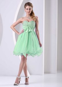Charming Spring Green Sweetheart Beaded Short Military Dresses with Sash