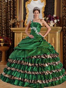 Beautiful One Shoulder Long and Leopard Dresses for Quinceaneras