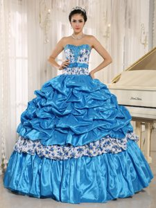 Elegant Beaded Aqua Blue Dresses for Quinceaneras with Pick-ups