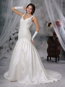 Exquisite Princess Wedding Bridal Gown in with Beading and Straps
