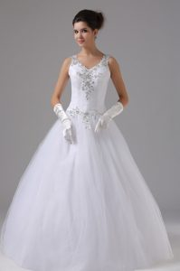 Pretty Straps Tulle Wedding Reception Dress with Appliques to Floor-length