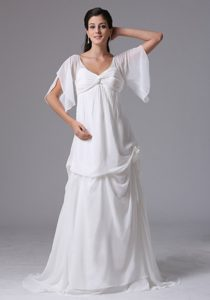 2013 Simple Short Sleeves Dress for Church Wedding with V-neckline