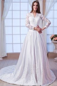 A-line Long Sleeves Wedding Dresses for Women with V-neck and Chapel Train